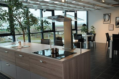 Küchenzeilen - MÖBEL WEBER - Neustadt, Landau, Karlsruhe